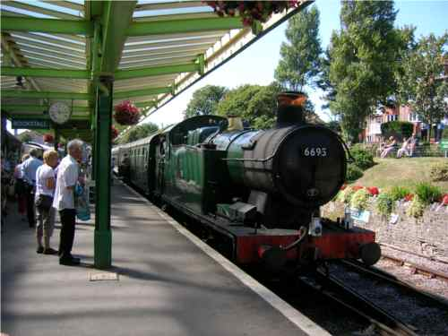 GWR Class 5600 0-6-2 Tank, 6693 pulling into Swanage station (British Railways livery).
