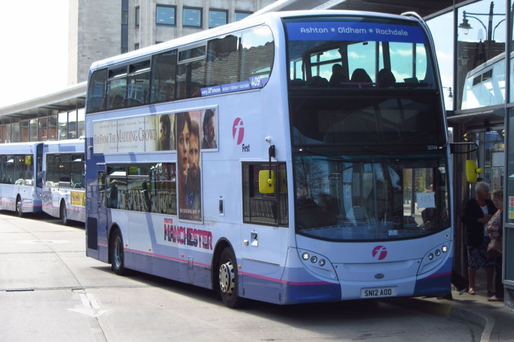 Enviro400, First Greater Manchester, Oldham bus station