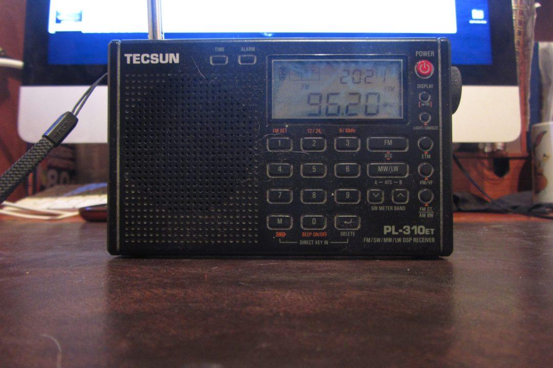 Tecsun PL-310ET radio receiver (with Revolution 96.2FM).