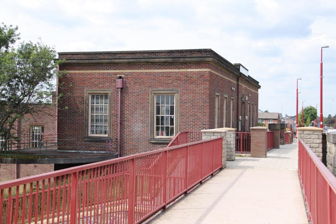 Droylsden Library, Alan Murray-Rust (2013)
